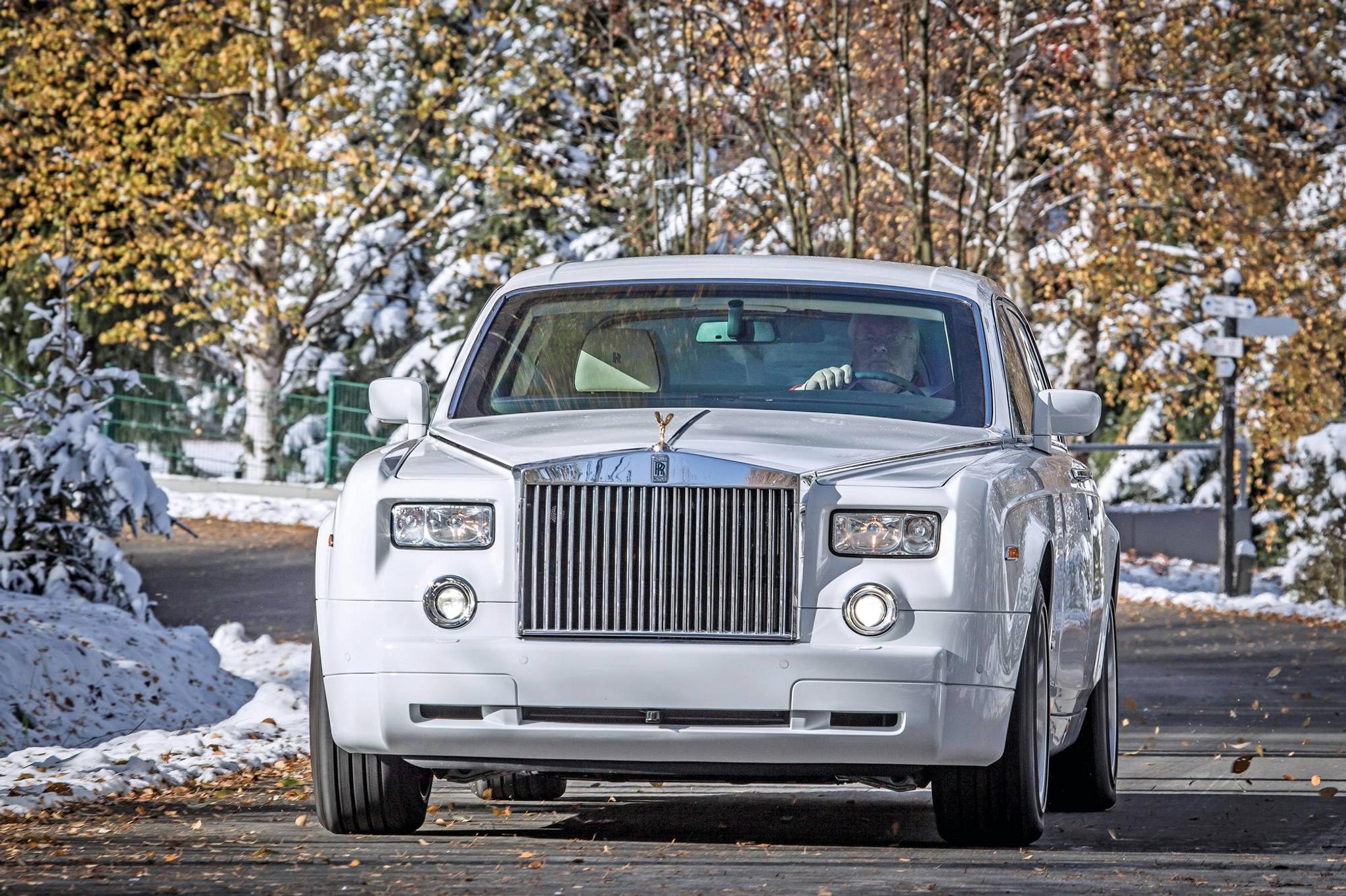 Rolls Royce Car >> Koeajossa Panssaroitu Rolls Royce Phantom Tuulilasi